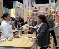 Housewares Show Gives Back to Five Chicago-based Charities alt