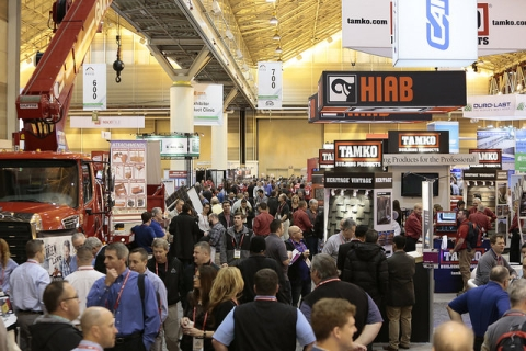 2015 international roofing expo floors largest show in 15 for Largest craft shows in the us