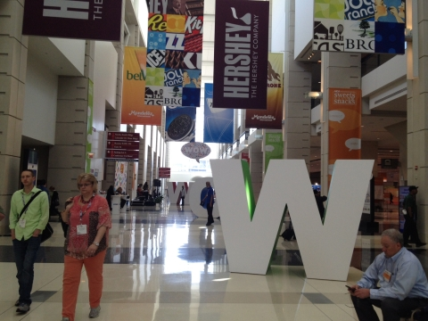 Sweets and Snacks Expo Brought WOW Factor to Attendees alt